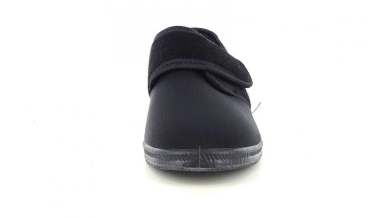 emanuela-calzatura-fisiologica-donna-col-nero